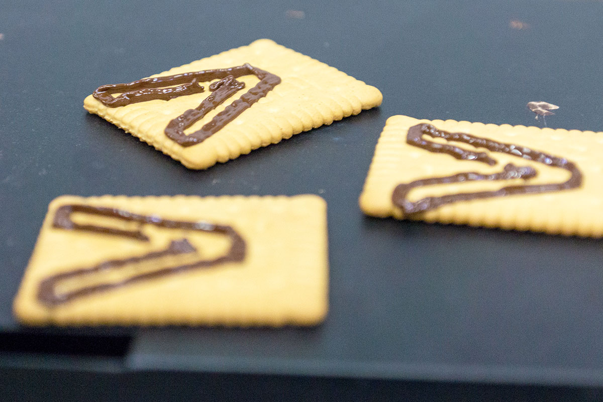 Shortbread with chocolate Accenture icon