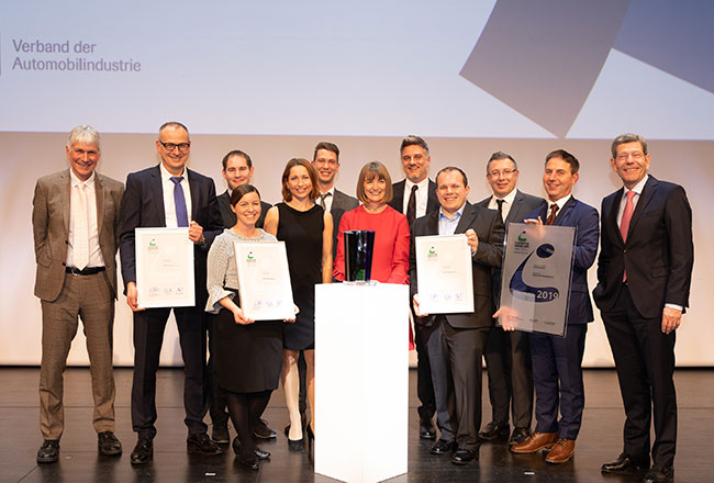 A well deserved award for a truly remarkable solution: Continental won the VDA Logistik Award 2019 with its risk management solution. Picture: © BVL / Kay Bublitz